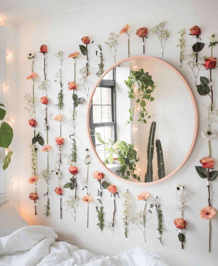 Flower garland with mirror